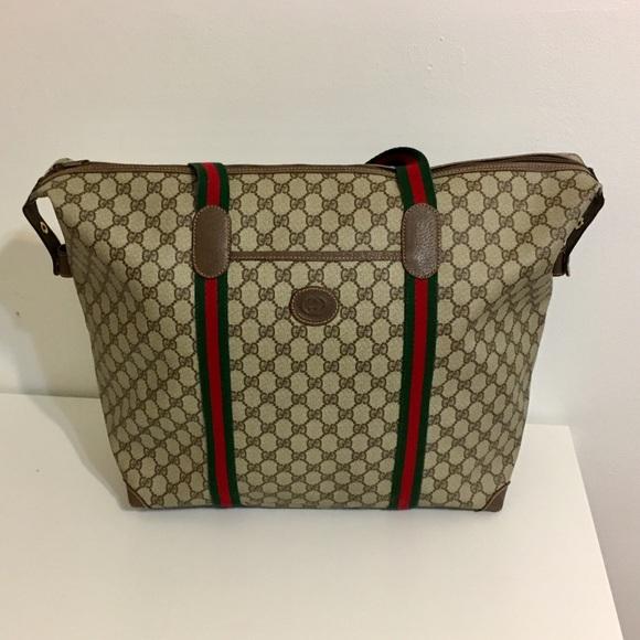 b75d1bd4b520 Gucci Handbags - Authentic Gucci oversized tote/ Travel bag
